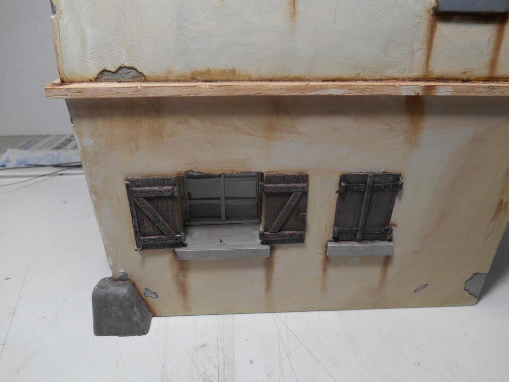 Il était une fois... une maison  -  Tout scratch  - Réalisation sans plan ni cotes au 1/32e R40-ma26