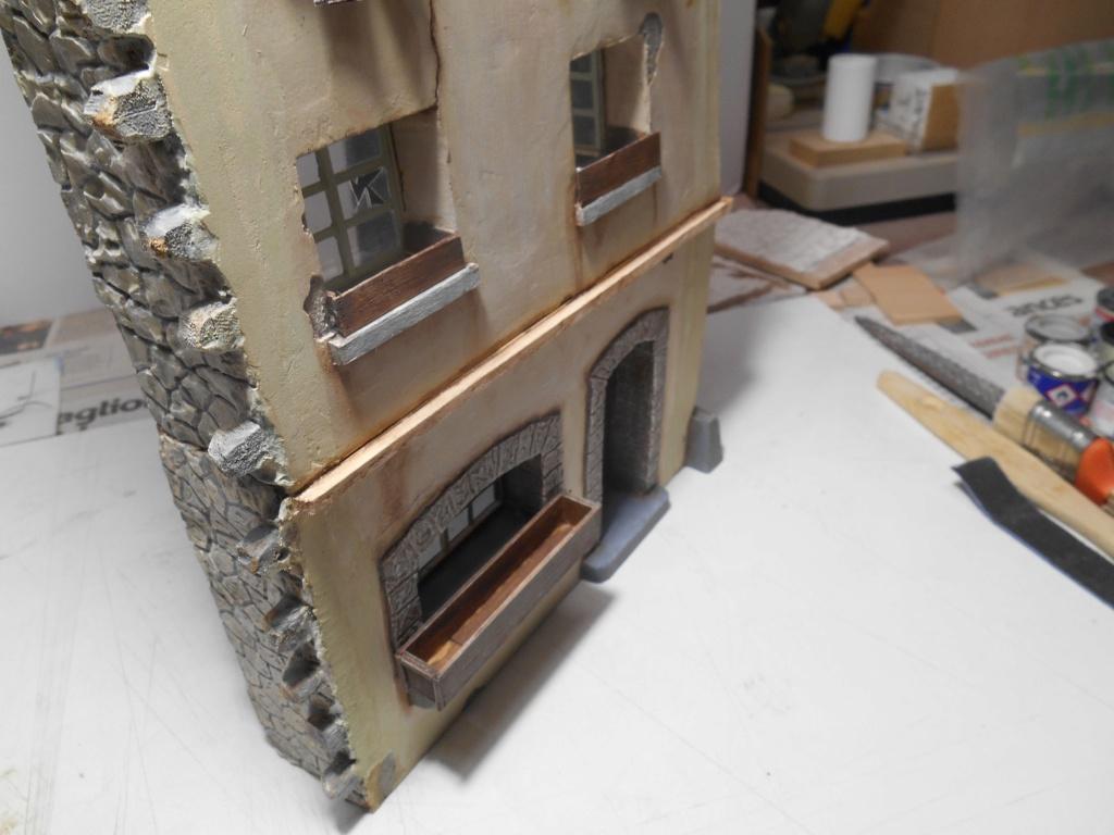 Re: Il était une fois... une maison - Tout scratch - Réalisation sans plan ni cotes au 1/32e R40-ma28