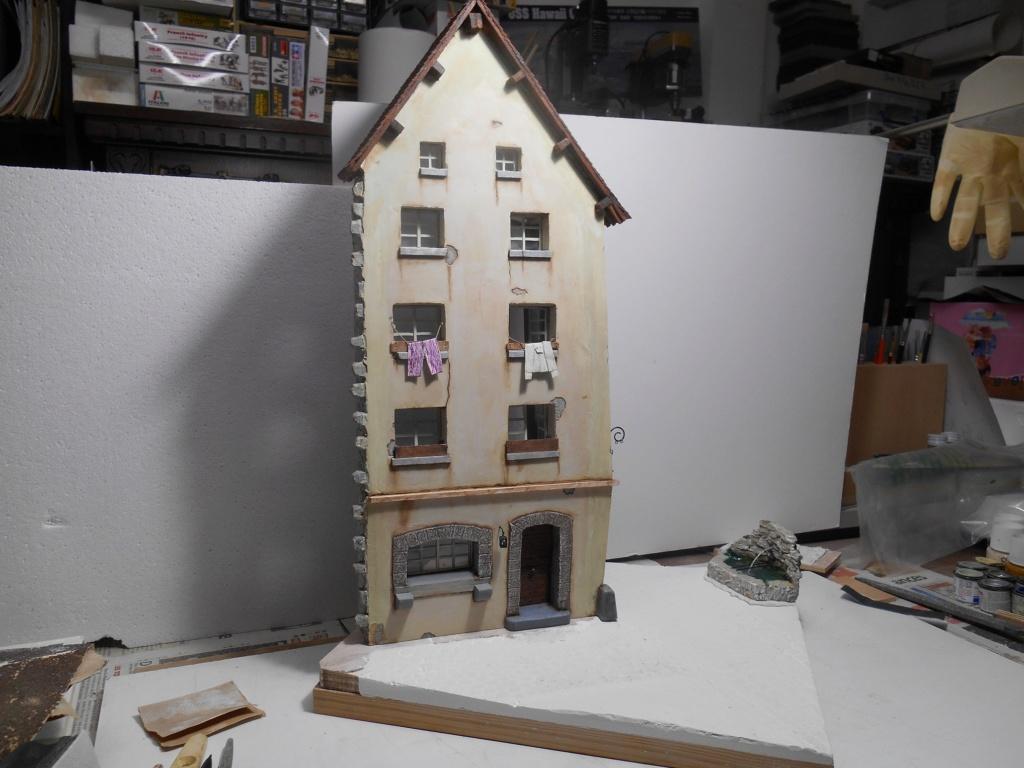 Re: Il était une fois... une maison - Tout scratch - Réalisation sans plan ni cotes au 1/32e R40-ma30