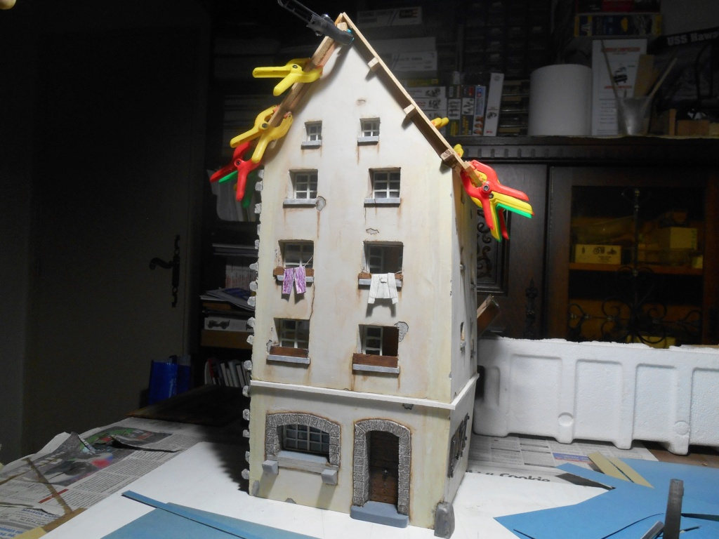 Re: Il était une fois... une maison - Tout scratch - Réalisation sans plan ni cotes au 1/32e R40-tu11