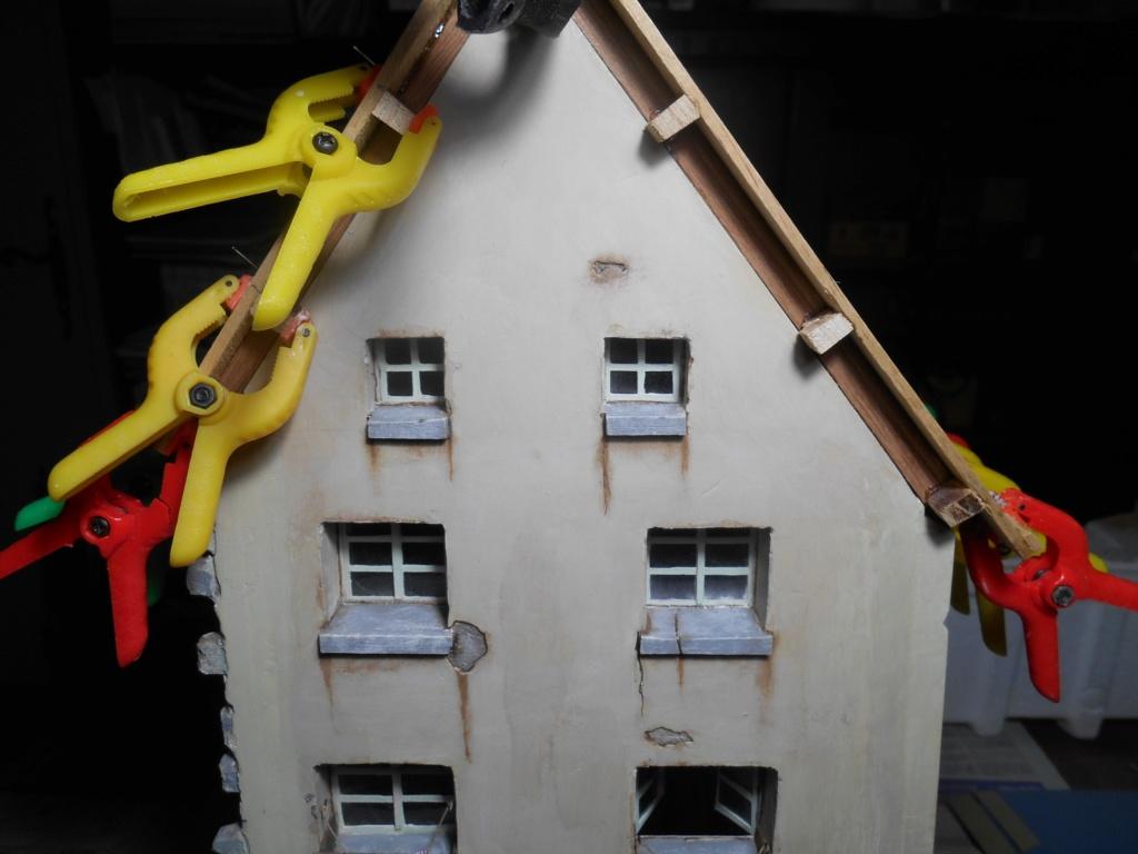Re: Il était une fois... une maison - Tout scratch - Réalisation sans plan ni cotes au 1/32e R40-tu17