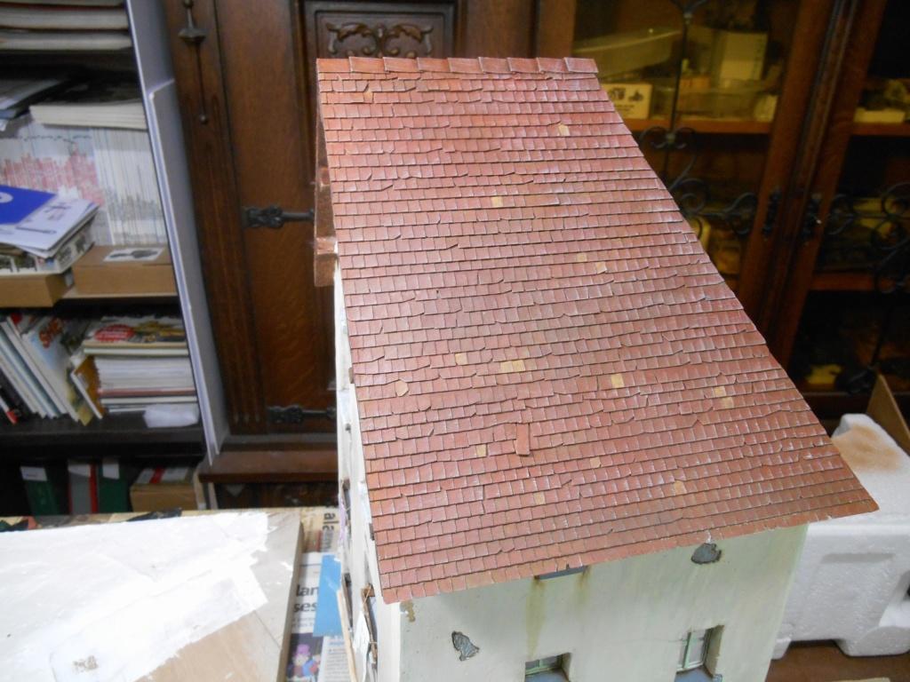 Re: Il était une fois... une maison - Tout scratch - Réalisation sans plan ni cotes au 1/32e R40-tu24
