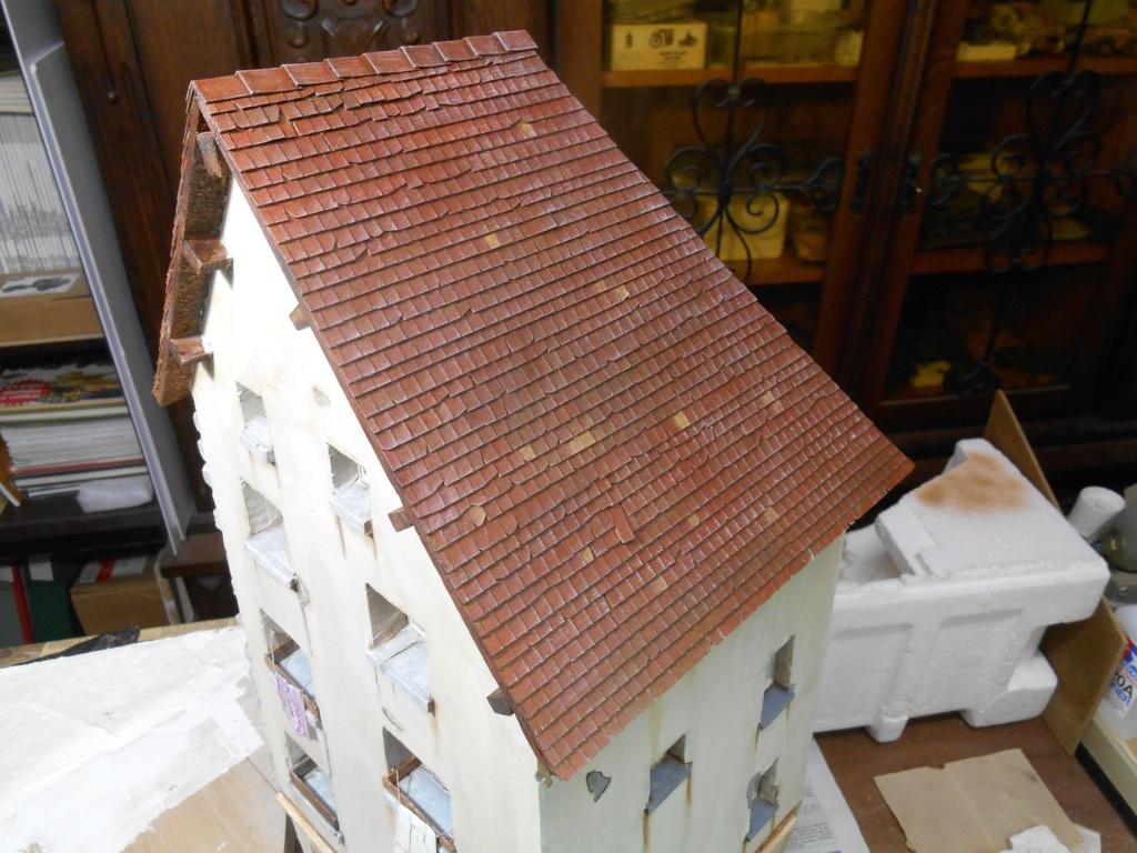 Re: Il était une fois... une maison - Tout scratch - Réalisation sans plan ni cotes au 1/32e R40-tu27