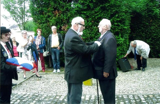 Remise de l'ordre national du Mérite à M Eugène JUPIN Jupin_11