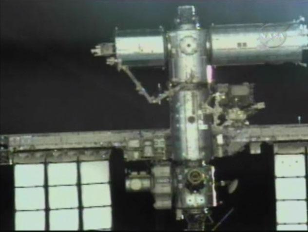 [STS-126] Endeavour : La mission - Page 2 Temp120