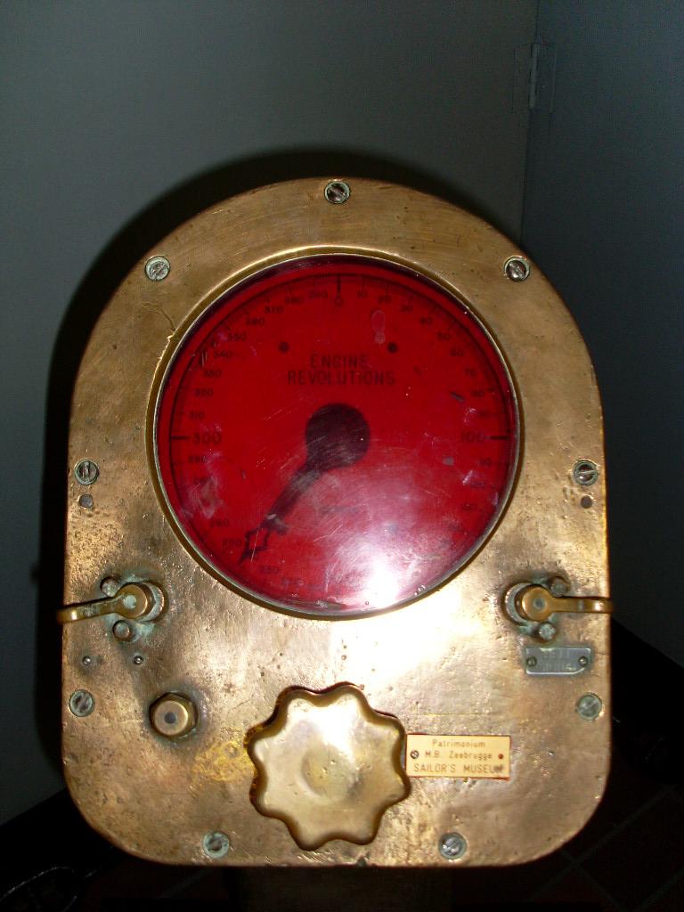 Quel est cet appareil ? - Page 2 00510