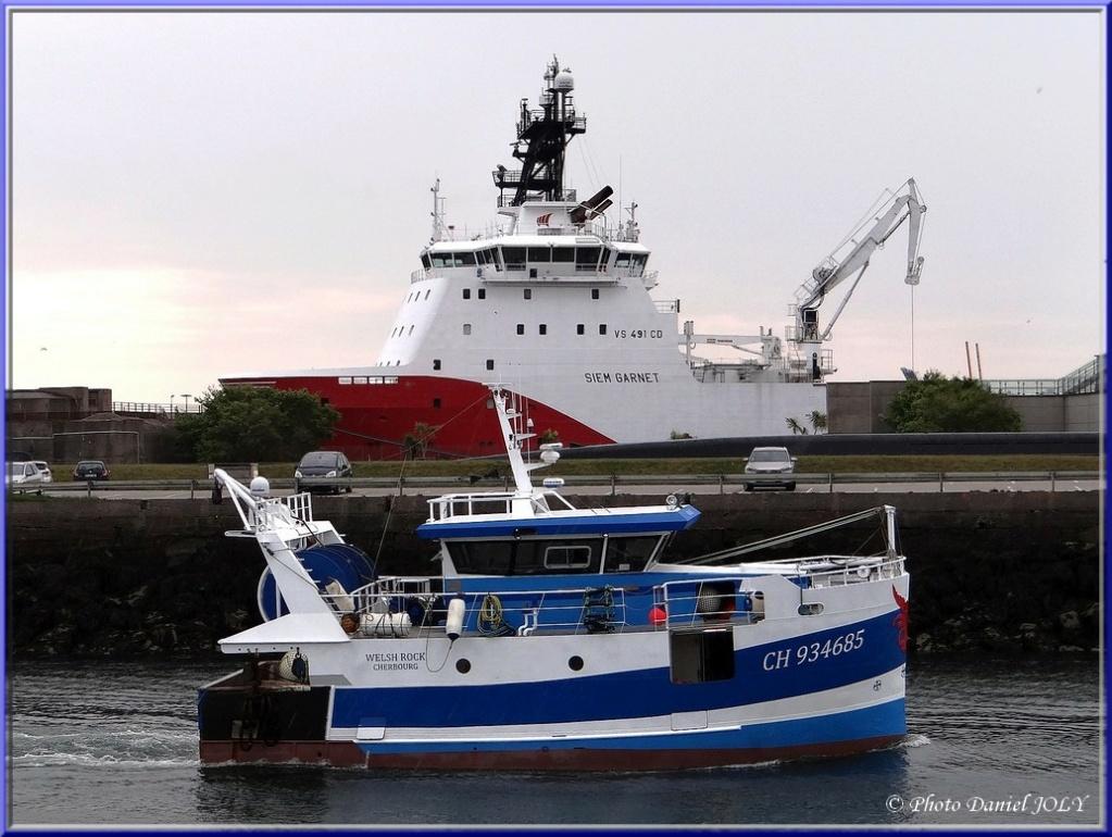 [VIE DES PORTS] Quelques bateaux de pêche (sur nos côtes Françaises) - Page 12 1310