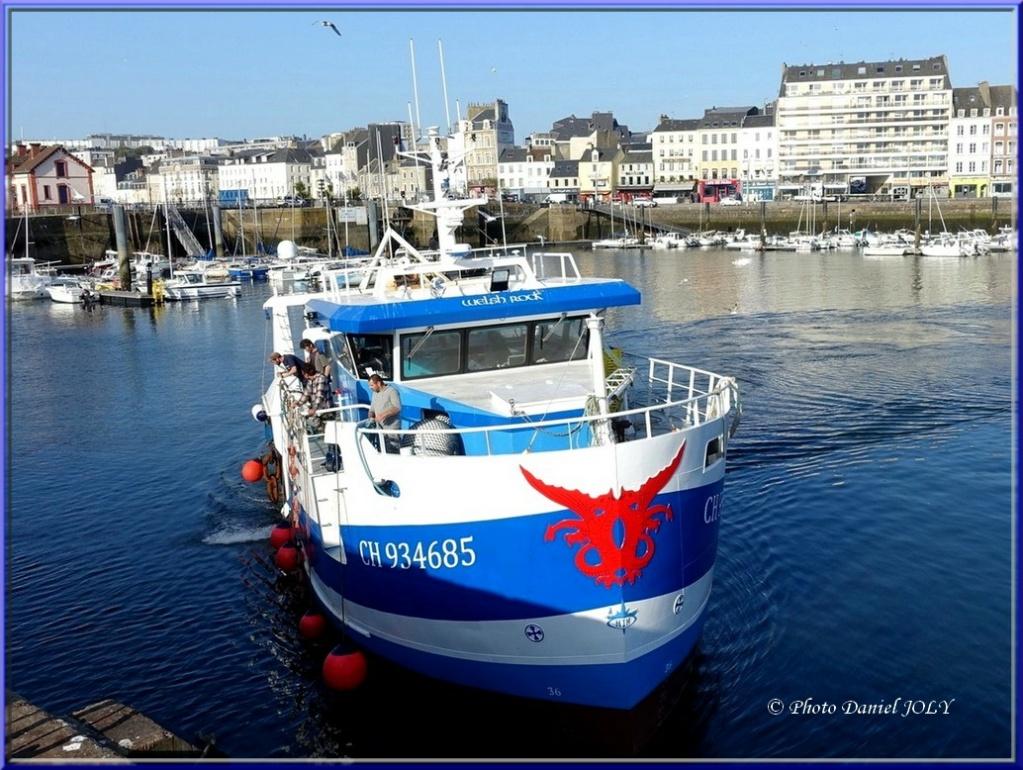 [VIE DES PORTS] Quelques bateaux de pêche (sur nos côtes Françaises) - Page 12 1610