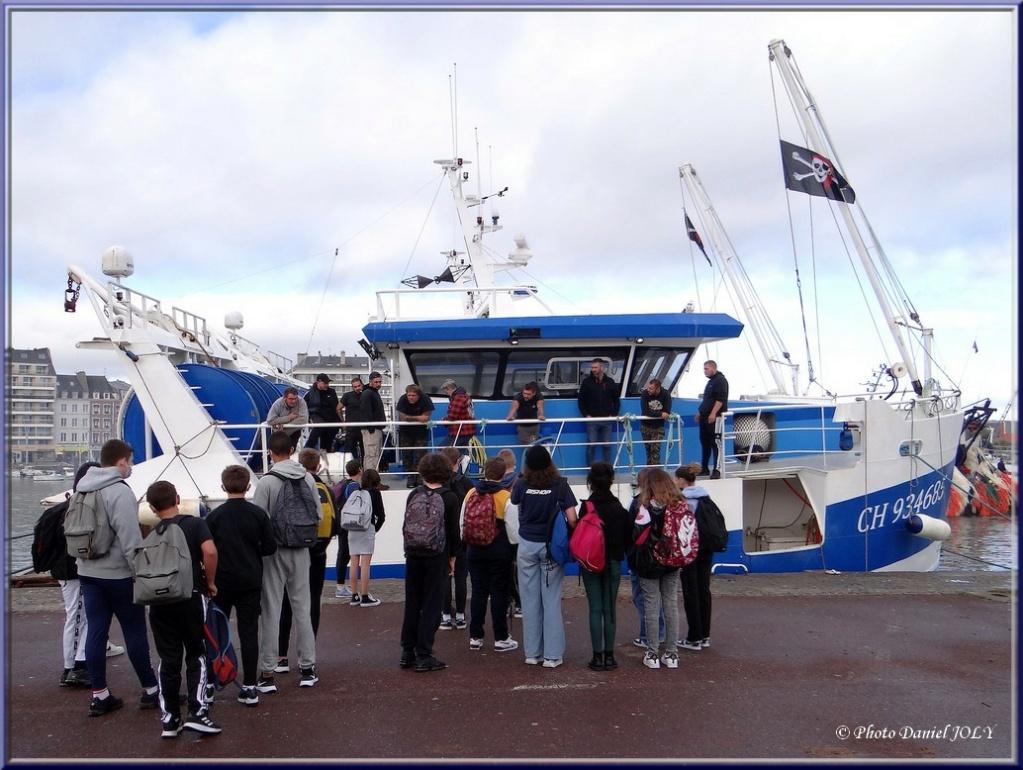 [VIE DES PORTS] Quelques bateaux de pêche (sur nos côtes Françaises) - Page 12 2310
