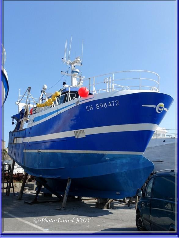 [VIE DES PORTS] Quelques bateaux de pêche (sur nos côtes Françaises) - Page 8 Cap_li10
