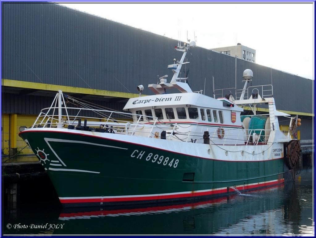 [VIE DES PORTS] Quelques bateaux de pêche (sur nos côtes Françaises) - Page 7 Carpe_10
