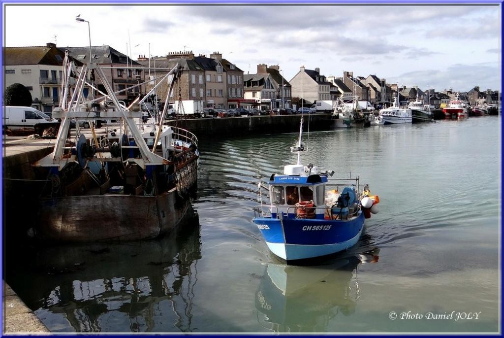 [VIE DES PORTS] Quelques bateaux de pêche (sur nos côtes Françaises) - Page 8 Laisse10