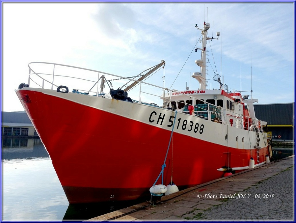[VIE DES PORTS] Quelques bateaux de pêche (sur nos côtes Françaises) - Page 6 Souvie10