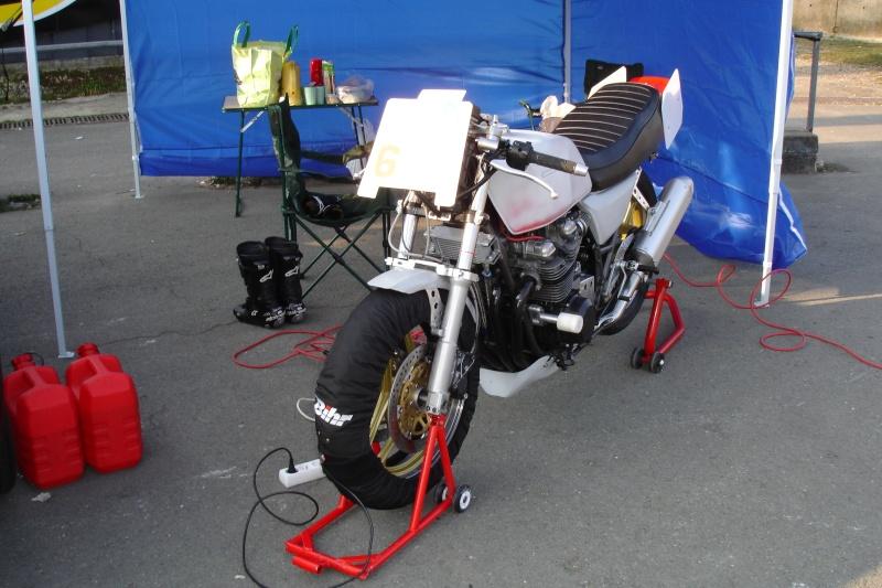 """GPZ 750 """"Endurance Classic"""" - Page 2 Dsc00117"""