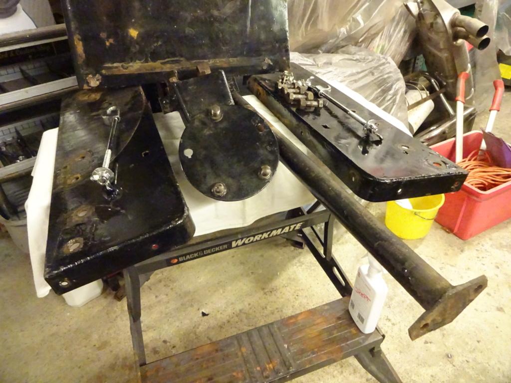 Malle Sphinx arrière pour Ford 1932 Tudor ou Fordor  Dsc03914