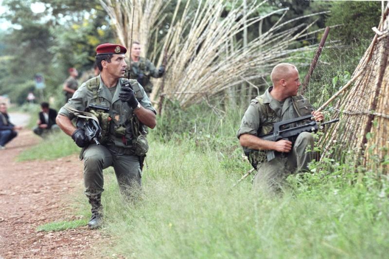 """Opération """"Amaryllis"""" -l'évacuation des ressortissant français et étrangers du Rwanda 01-94-12"""