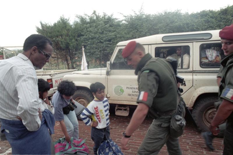 """Opération """"Amaryllis"""" -l'évacuation des ressortissant français et étrangers du Rwanda 01-94-13"""