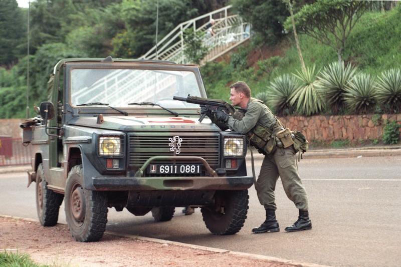 """Opération """"Amaryllis"""" -l'évacuation des ressortissant français et étrangers du Rwanda 01-94-15"""