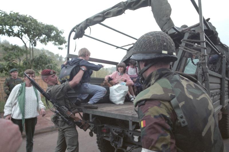 """Opération """"Amaryllis"""" -l'évacuation des ressortissant français et étrangers du Rwanda 01-94-17"""