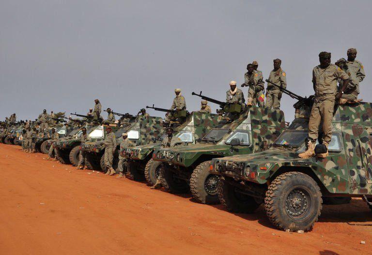 Mali opération SERVAL - Page 2 2_sold10