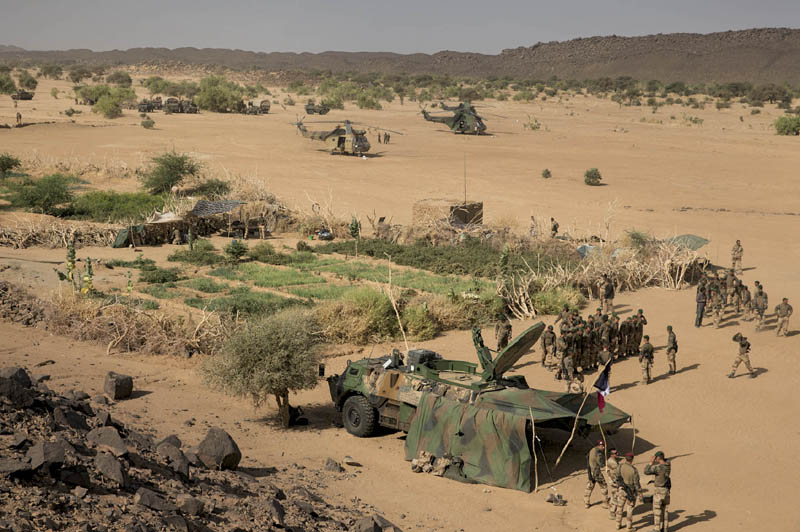 Mali opération SERVAL - Page 2 5_p_pa10
