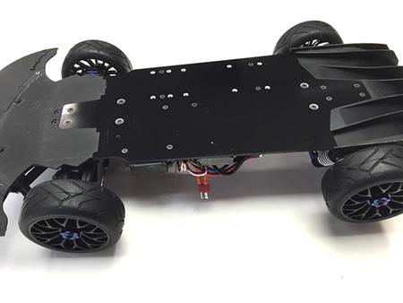 [NEW] Châssis Carbon pour XO-1 par Xtreme RC Racing 8_640410