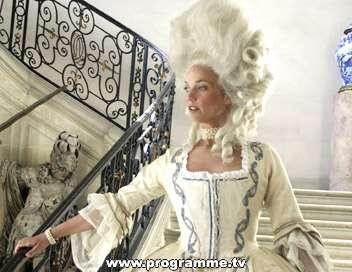 Marie-Antoinette avec Caroline Bernard docu-fiction de Grubin) 45576910