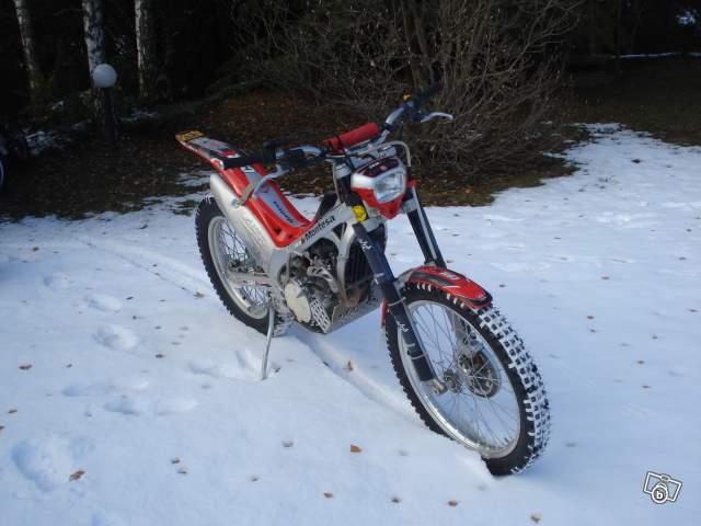 Trial parts sous la neige 28128710
