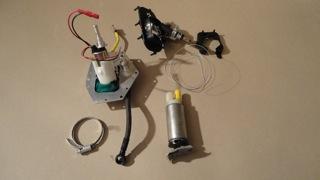 pompe à essence allégée  Dsc01810