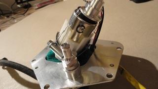 pompe à essence allégée  Dsc01814