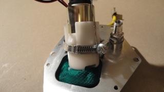 pompe à essence allégée  Dsc01815
