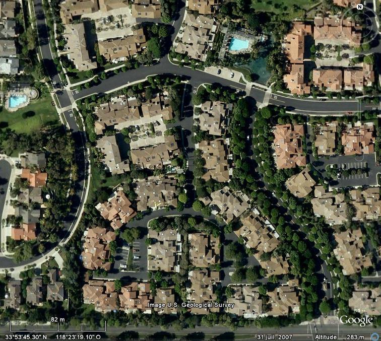 Villes et villages sécurisés : les Gated Communities en pleine lumière... - Page 3 Manhat12