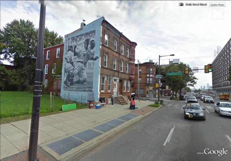 STREETVIEW : les fresques murales de Philadelphie  - Page 2 Robins11