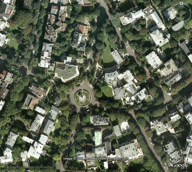 Villes et villages sécurisés : les Gated Communities en pleine lumière... - Page 3 Villa_10