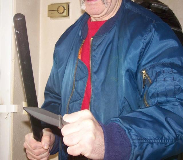 MAXIMUM THRUST: The Push Dagger Dagger10