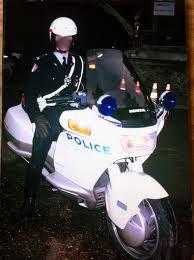 police/gendarmes pourqu oi pas de v2 ? Pcc10