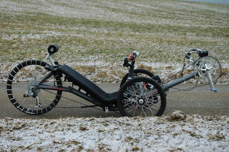 """""""Corde"""" à neige pour pneu sur Trike Dsc75210"""