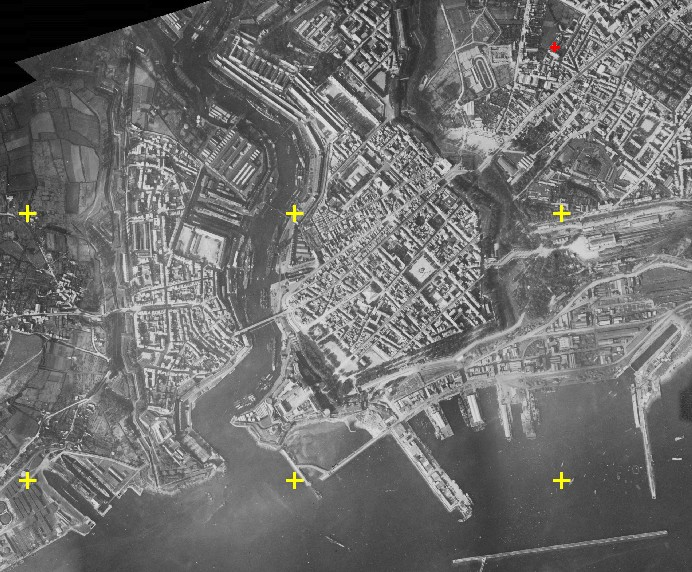 [Les ports militaires de métropole] Port de BREST - Page 2 Brest-10
