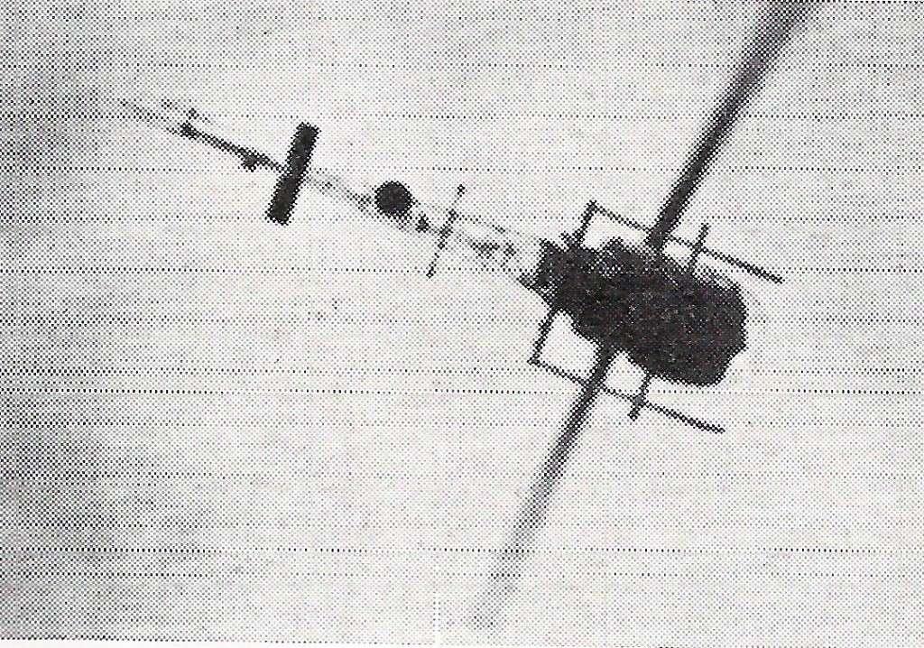 FRA: Photos anciens avions des FRA - Page 5 Bell_410