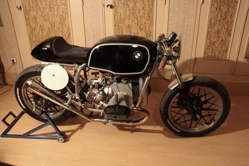 C'est ici qu'on met les bien molles....BMW Café Racer - Page 5 10011710