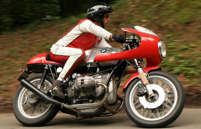 C'est ici qu'on met les bien molles....BMW Café Racer - Page 5 19573010