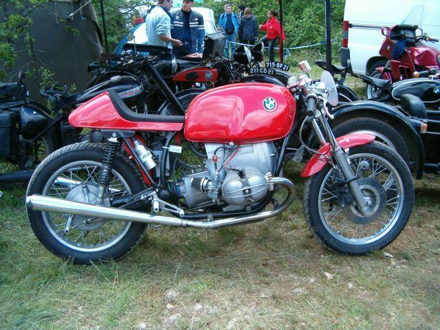 C'est ici qu'on met les bien molles....BMW Café Racer - Page 5 218_ml10