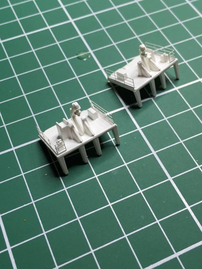 construction du queen mary 2 au 1/400 de chez revell - Page 10 Img_1120