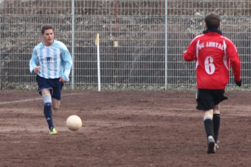 18.Spieltag: BaWa - SG Hönningen/Dümpelfeld II 3:0 (2:0) Img_4111