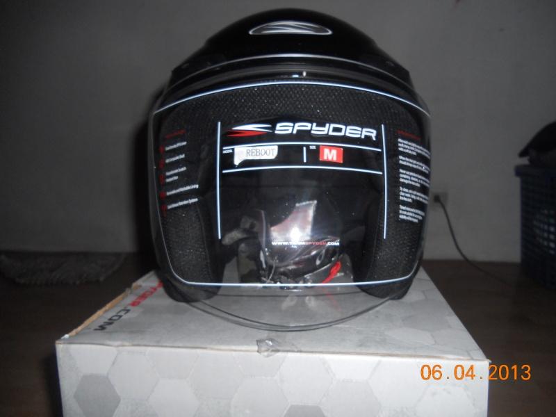 brand new spyder helmet Dscn2713