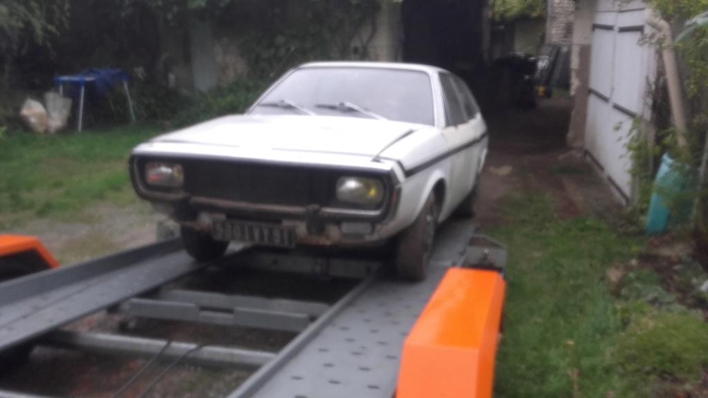 Une nouvelle acquisition : Renault 15 TS 00511