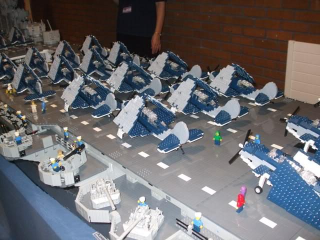 navires reproduits en lego Modelw10