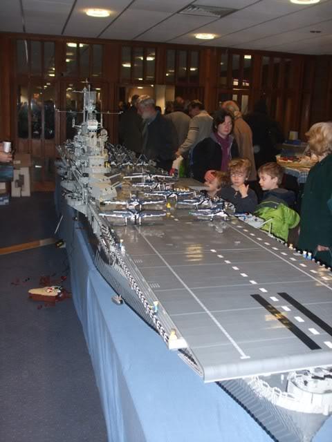 navires reproduits en lego Modelw12