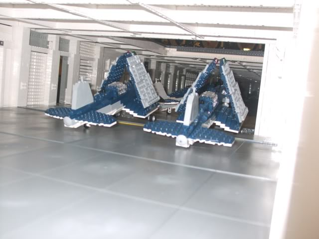 navires reproduits en lego Modelw13