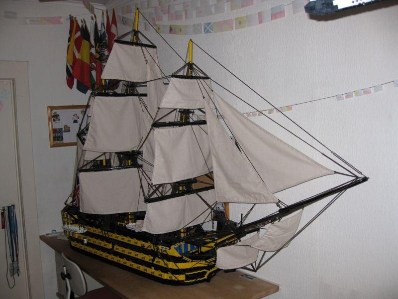 navires reproduits en lego Victor11